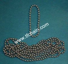 4.5mm #10 NICKEL Plate METAL BEAD Continuous BALL CHAIN #4.5mmballchain #10ballchain #ballchain #beadchain #blindsballchain #pullingchain #rollerblindsballchain #rollerblinds #windowtreatmentchain Roller Shades, Roller Blinds, Woven Wood Shades, Stainless Steel Polish, Steel Material, Metal Beads, Ball Chain, Different Colors, Plate