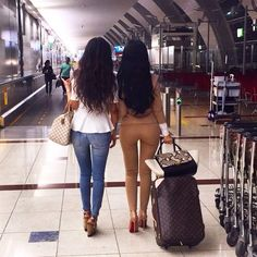 #Pinterest: | @L i d a | Traveling with bestie ⚡️