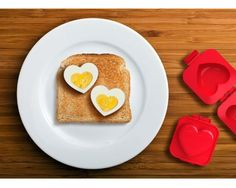Eierformer Herz für das kreative Liebes Frühstück, http://www.amazon.de/dp/B009K2DQ5U/ref=cm_sw_r_pi_awd_RklOsb14J6E8J