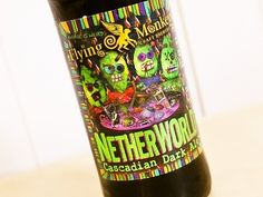 Cerveja Flying Monkeys Netherworld Cascadian Dark Ale, estilo Belgian Dark Strong Ale, produzida por Flying Monkeys, Canadá. 6% ABV de álcool.