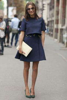 A chic outfit deserves a chic clutch. #pfw #ss14 #streetstyle