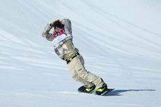 #TeamUSA's Sage Kotsenburg wins the first gold of #Sochi2014 in men's #snowboard slopestyle upset.