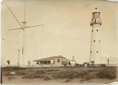 Lighthouse, Bluff entrance to harbour, Durban News South Africa, Durban South Africa, Kwazulu Natal, Lighthouses, Back In The Day, Historical Photos, Entrance, Old Things, Explore