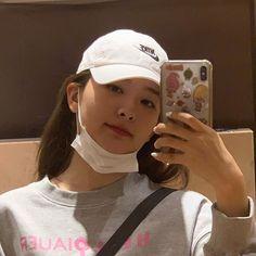 a goddess # — like if you save. Ulzzang, Seulgi Instagram, Park Sooyoung, Thing 1, Kang Seulgi, Red Velvet Seulgi, Kim Yerim, Kpop Girls, Girl Group