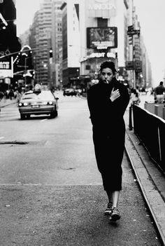 walking on the street side Liv Tyler