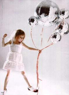 Not this outfit.... but I LOVE these crazy balloons!!!