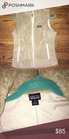 Patagonia Women's Los Gatos Vest Full-length front zipper with stand-up color. Size medium. Barely worn basically brand new. Patagonia Jackets & Coats Vests