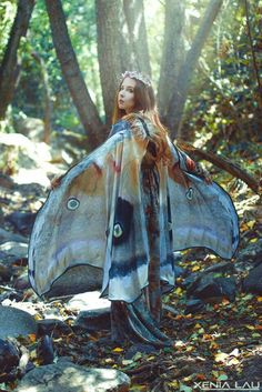 Moth Butterfly Fairy cape cloak brown and white isis wings costume adult bridal fairy handfasting Fantasy Costumes, Adult Costumes, Halloween Costumes, Butterfly Fairy, Butterfly Wings, Butterfly Costume, Butterfly Scarf, Butterfly Fashion, Madame Butterfly