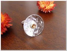 Sortijas - ♥ Anillo de plata con 22mm disco y 5mm citrina ♥ - hecho a mano por kwjewellery en DaWanda