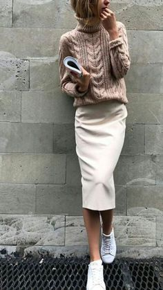 Fashionable trends in winter 2019 Discover the fashion trends in autumn and winter - Women's fashion - Winter Mode Fall Outfits For Work, Winter Outfits Women, Warm Outfits, Winter Fashion Outfits, Fall Fashion Trends, Mode Outfits, Look Fashion, Autumn Winter Fashion, Casual Outfits