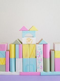 We don't have any babies in our home anymore, but we LOVE the idea of having Small World inspired wooden blocks. Do you think Mary Blair would be proud? Disney Rooms, Disney Nursery, Baby Disney, Disney House, Christmas Craft Projects, Diy Craft Projects, Project Ideas, Craft Ideas, Diy Baby Gifts