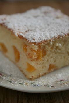 Bardzo smaczne, szybkie ciasto z brzoskwiniami. Delikatne w smaku, przyjemnie wilgotne dzięki owocom. Polecam jako ciasto codzienne 😄      ...