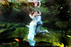 trash the dress session in a cenote in Mexico... GORGEOUS!
