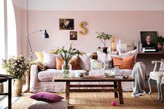 Lovely light pink room