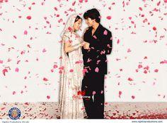 such a cute photo, vivah movie Ultra Hd 4k Wallpaper, More Wallpaper, Wallpaper Backgrounds, Vivah Picture, Wedding Dress Film, Amrita Rao, Wedding Couple Poses Photography, Bollywood Party, Bollywood Gossip