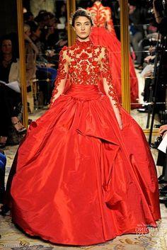 Melhores vestidos de noiva vermelhos