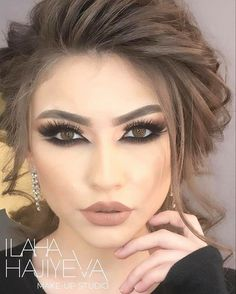 bridal makeup – Hair and beauty tips, tricks and tutorials Bridal Makeup, Wedding Makeup, Bridal Hair, Beauty Make-up, Beauty Hacks, Hair Beauty, Elegant Hairstyles, Bride Hairstyles, Makeup Is Life
