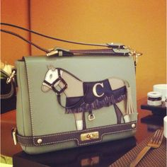 Horse purse by Cupcake.  Korean leather bag! I'm in love.