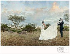 How amazing and unique!!! A safari wedding