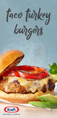 Taco Turkey Burgers – Get the best of both worlds on your dinner table with this Mexican-flavored burger recipe. Along with just a few toppings—like roasted peppers and avocado—this dish is sure to make the whole family happy! Meat Recipes, Mexican Food Recipes, Chicken Recipes, Cooking Recipes, Healthy Recipes, Recipies, Hamburger Recipes, Mexican Dishes, Sandwich Recipes