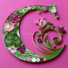 Architect and paper design. Dynamic and curio - Quilling Paper Crafts Neli Quilling, Ideas Quilling, Paper Quilling Flowers, Paper Quilling Patterns, Quilled Paper Art, Quilling Paper Craft, Paper Crafts, Paper Quilling For Beginners, Quilling Techniques