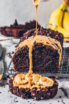 The Best Vegan Chocolate Banana Bread - Bi . - The best vegan chocolate banana bread - Vegan Banana Bread, Chocolate Banana Bread, Vegan Bread, Banana Bread Recipes, Easy Cake Recipes, Cookie Recipes, Dessert Recipes, Chocolate Cake, Free Recipes