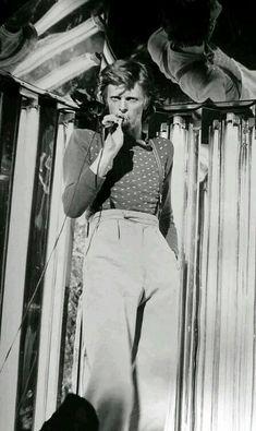 "vezzipuss.tumblr.com — David Bowie, ""Diamond Dogs"", Circa 74 〰️"