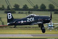 Grumman F8F- 2P Bearcat