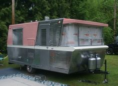 Vintage Trailers! Pink Holiday House
