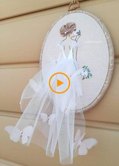 Embroidered Bride Portrait Hoop Art Custome Wedding Gift For Girls Hand . Hand Embroidery Videos, Embroidery Stitches, Embroidery Designs, Wedding Gift For Girl, Wedding Gifts, Wedding Embroidery, Vintage Embroidery, Bride Portrait, Wedding Favors Cheap