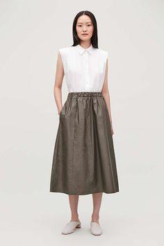 ELASTIC-WAIST A-LINE SKIRT - Dark Forest Green - Skirts - COS Dark Green Skirt, Green Skirts, A Line Skirts, Elastic Waist, Midi Skirt, High Waisted Skirt, Winter Fashion, Women Wear, Cos