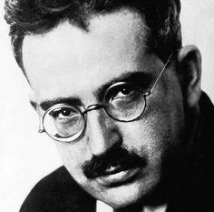 Walter Benjamin (Berlín, 15 de julio de 1892 – Portbou, 27 de septiembre de 1940)
