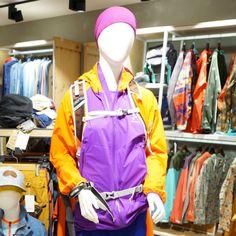 100년 전통의 아웃도어 전문 브랜드 스웨덴 HAGLOFS(하그로프스) 여성용 방풍자켓 @롯데백화점 아웃도어플러스원