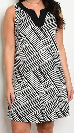Seamed Print Stylish Black White Shift Plus Size Fashion Dress | Sz 10 12 14 #Fashion #WorkdayPlusSizeDress #PlusSizeDress #VNeckDress #ShiftDress #CasualDresses