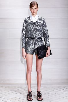 Jason Wu Resort 2014. matching separates. short suit. grey. structural. #JasonWu #Resort2014