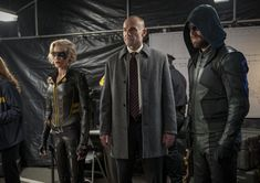 Paul Blackthorne, Katie Cassidy, and Stephen Amell in Arrow Stephen Amell, David Ramsey, Kelly Hu, Willa Holland, Supergirl 2015, Supergirl And Flash, Katherine Mcnamara, David Jones, Oliver And Laurel