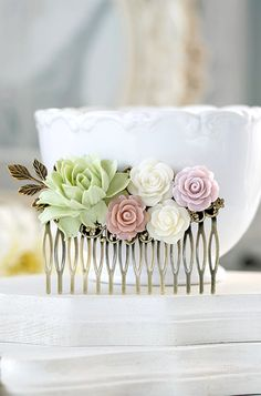 Hey, I found this really awesome Etsy listing at https://www.etsy.com/listing/236916043/bridal-hair-comb-large-dusty-pink-ivory