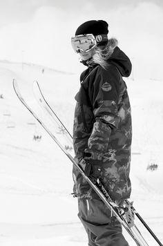 Skiing-January 2014 -repinned by Los Angeles County & Orange County portrait studio http://LinneaLenkus.com #fineartportraits