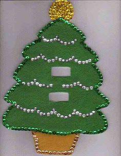 Crochet christmas lights tree skirts 26 ideas for 2019 Mexican Christmas, All Things Christmas, Christmas Lights, Christmas Stockings, Christmas Holidays, Christmas Crafts, Christmas Ornaments, Crochet Christmas, Felt Patterns