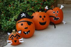 Spooktacular Halloween Pumpkin Carving & Decorating Ideas ~ DIY Newlyweds: DIY Home Decorating Ideas & Projects