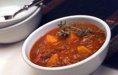 hongaarse-goulash-soep Dutch Recipes, Soup Recipes, Dinner Recipes, Healthy Recipes, German Recipes, Goulash Soup, Kitchen Queen, Crockpot, Fabulous Foods