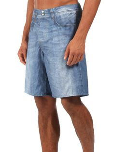 Short de bain Bench Homme imitation short en jean.