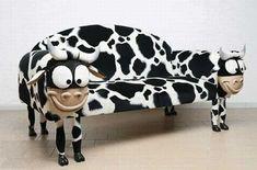 ・・・牛ソファーです:Cow Sofa