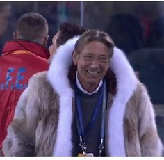 'What did those animals ever do to you': Joe Namath's Super Bowl fur coat horrifies.... http://twitchy.com/2014/02/02/what-did-those-animals-ever-do-to-you-joe-namaths-super-bowl-fur-coat-horrifies-peta/