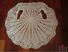 Exceptional Stitches Make a Crochet Hat Ideas. Extraordinary Stitches Make a Crochet Hat Ideas. Crochet Circle Vest, Crochet Lace Scarf, Gilet Crochet, Crochet Circles, Crochet Jacket, Mode Crochet, Crochet Baby, Crochet Round, Knitting Patterns