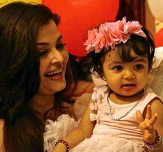 Aishwarya Rai with Her Daughter | Aishwarya Rai Baby Aaradhya photos