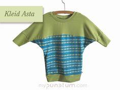 """Grün ja grün sind alle meine Kleider...& in Kombination mit türkis einfach fabelhaft - ein Fledermauskleid mit Innentaschen. Sitzt bequem und bietet """"Stauraum"""" für Eicheln & Kastanien <3  >> de.dawanda.com/shop/mypunctum >> etsy.com/de/shop/mypunctum  Keinen Login für Dawanda oder Etsy? Kein Problem: >> Schick eine Email an office@mypunctum.com Shops, Baby Kind, Office, Crop Tops, Etsy, Shopping, Women, Fashion, Little Princess"""