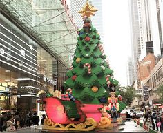 Australian LEGO Christmas tree is over 30 feet tall and made from 1/2 million blocks | Inhabitots