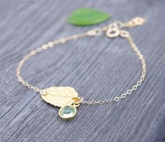 Gold Leaf Bracelet-Birthstone Bracelet-Peridot Bracelet-Birthstone Jewelry-Personalized Jewelry- Life Like Leaf - Real Leaf - Nature Jewelry