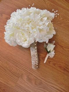 rustic wedding - Ivory Rose and Hydrangea Bridal Bouquet and matching boutonniere included - STUNNING - lace, jute, pearls and florals